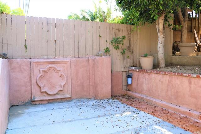 65. 6256 Condon Avenue Los Angeles, CA 90056