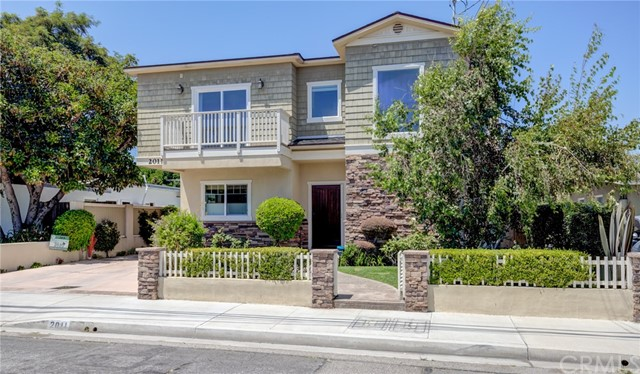 2011 Warfield Avenue A, Redondo Beach, CA 90278