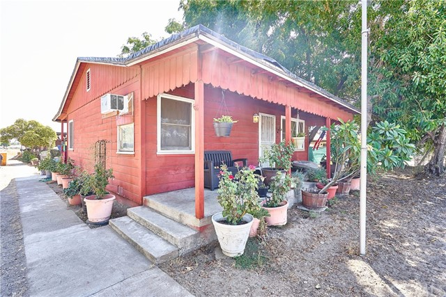 9957 Alder Avenue, Bloomington, CA 92316
