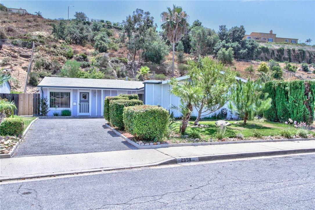 2959 Hypoint Avenue, Escondido, CA 92027