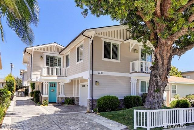 2209 Nelson Avenue, Redondo Beach, California 90278, 4 Bedrooms Bedrooms, ,2 BathroomsBathrooms,For Sale,Nelson,SB20100855