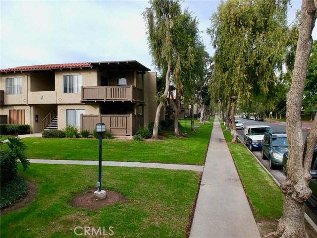 1345 Cabrillo Park Drive J15, Santa Ana, CA 92701
