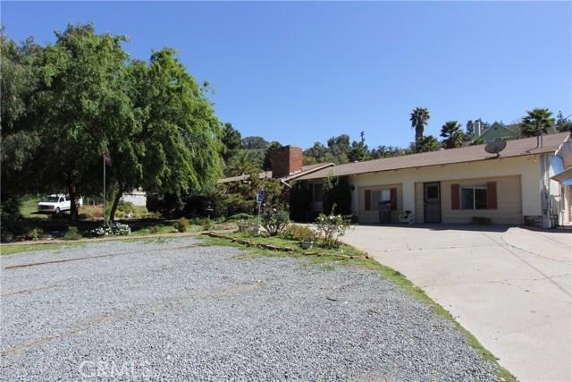 1863 Dehesa Road El Cajon, CA 92019