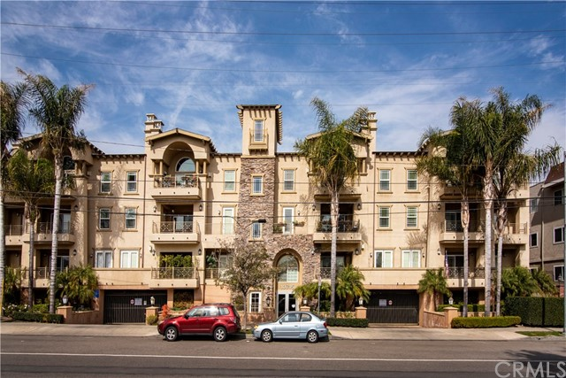10715 Camarillo Street 201, North Hollywood, CA 91602