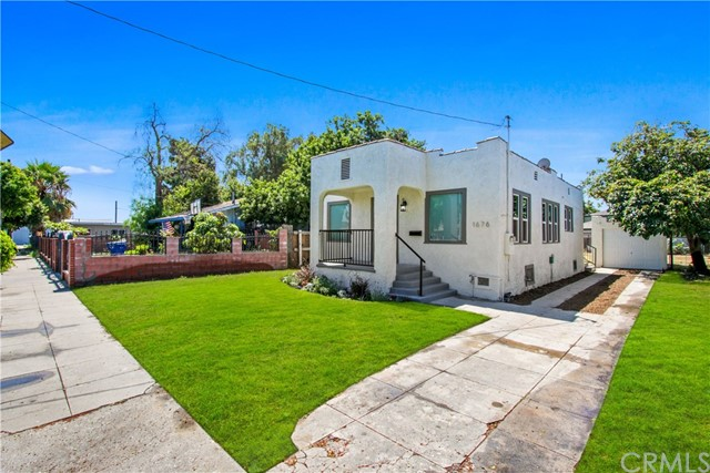 1676 E 111th Street, Los Angeles, CA 90059