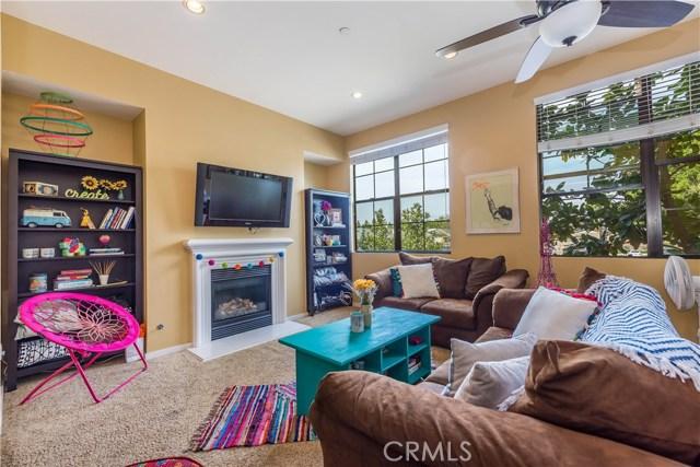553 W Maple Avenue, Orange, CA 92868