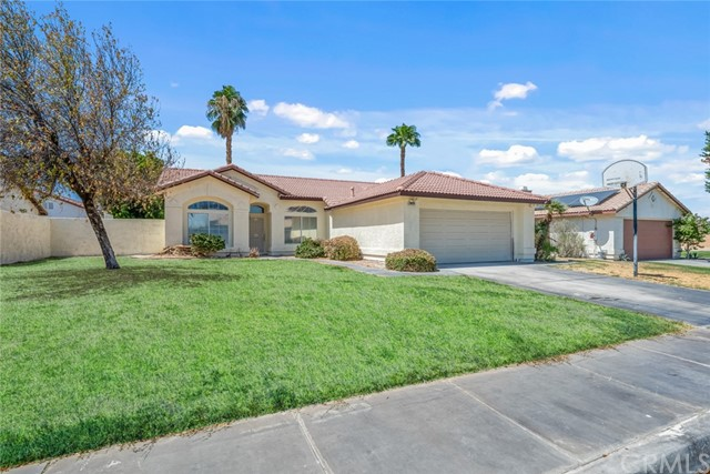 30435 Colonial Drive, Cathedral City, CA 92234