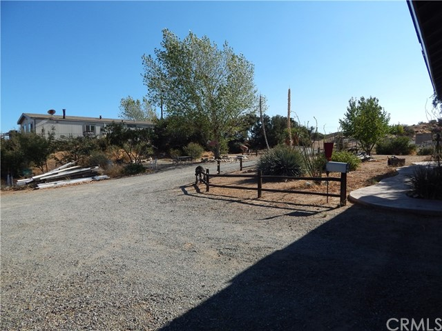 11024 Medlow Av, Oak Hills, CA 92344 Photo 73