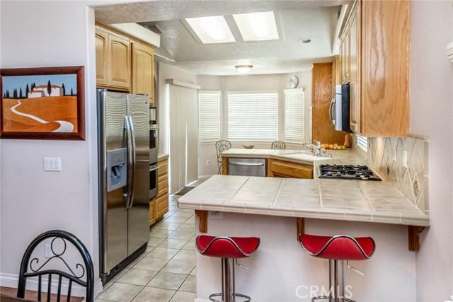 10788 Columbine Rd, Oak Hills, CA 92344 Photo 13