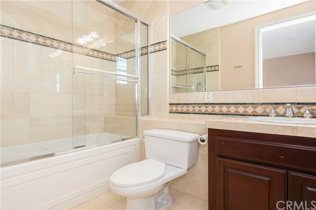 Guest Bathroom located on Level 3