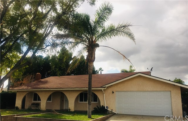 9016 Palm Lane, Fontana, CA 92335