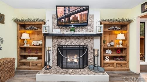 Fireplace with book shelf units