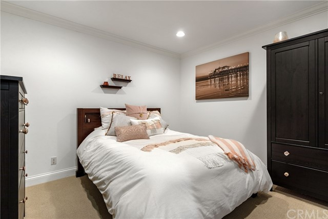 Potential 6th Bedroom