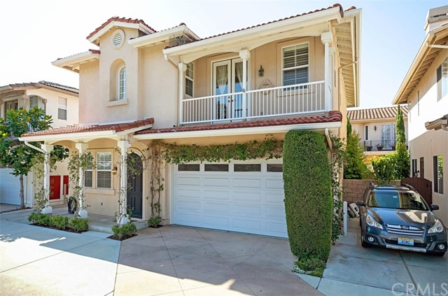 273  Mesa Drive, Costa Mesa, California
