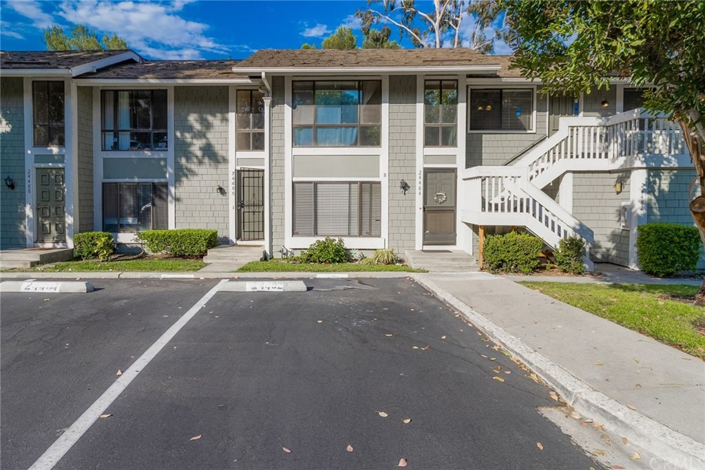 24482     Copper Cliff Court   12, Lake Forest CA 92630