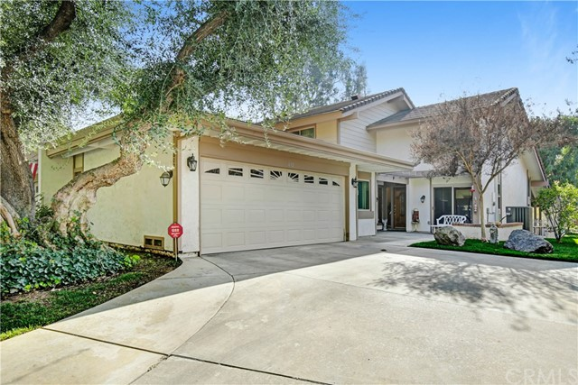 602 Via Zapata, Riverside, CA 92507