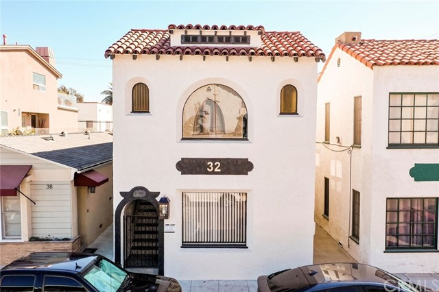 32 Argonne Avenue, Long Beach, CA 90803