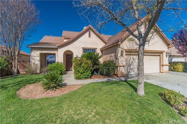 4875 N Shoreline Way, Clovis, CA 93619
