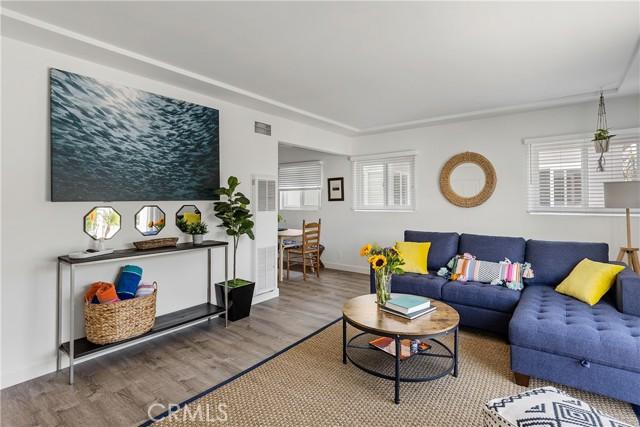 320 27th Street, Hermosa Beach, California 90254, 2 Bedrooms Bedrooms, ,1 BathroomBathrooms,For Rent,27th,SB21183924