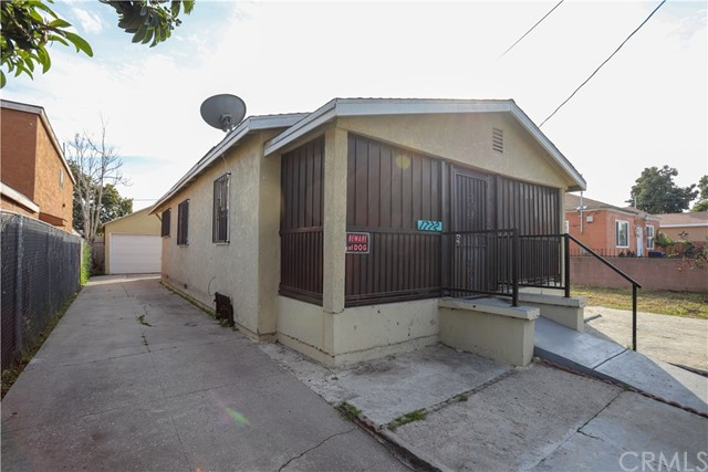 1772 E 111th Place, Los Angeles, CA 90059