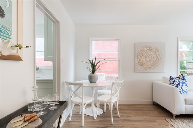 1208 Ardmore Avenue, Manhattan Beach, California 90266, 2 Bedrooms Bedrooms, ,1 BathroomBathrooms,For Sale,Ardmore,SB20205750