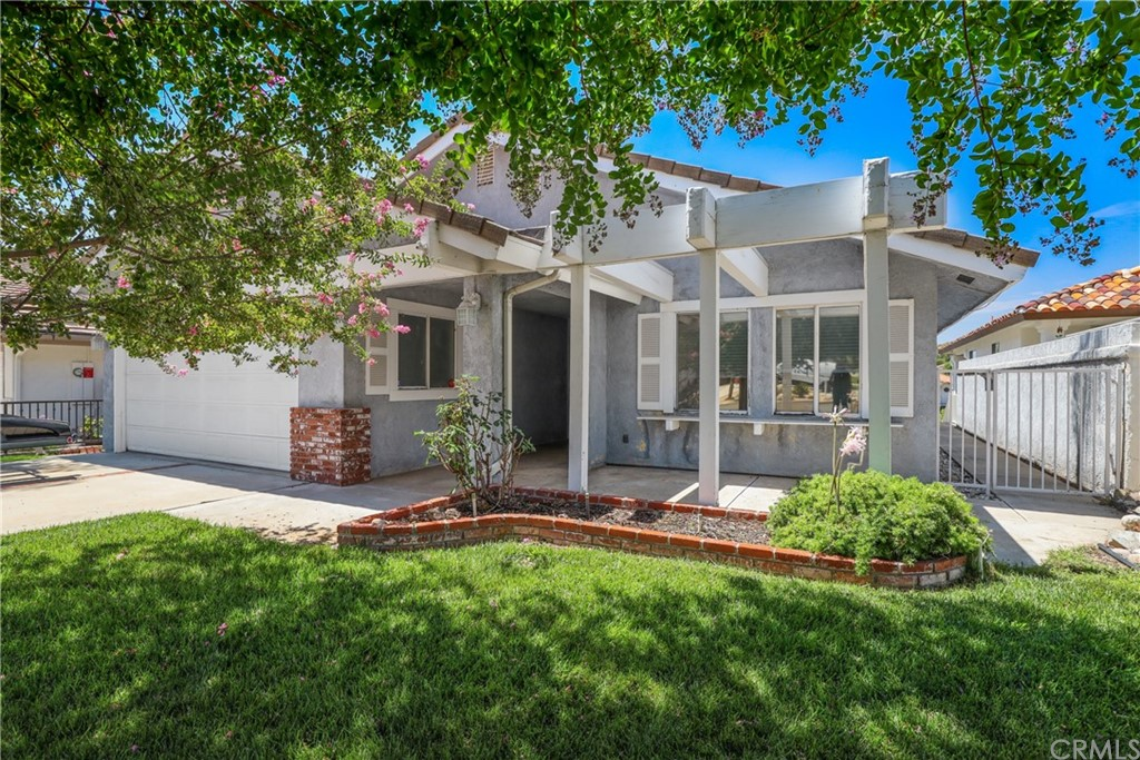 Photo of 30149 Lands End Place, Canyon Lake, CA 92587