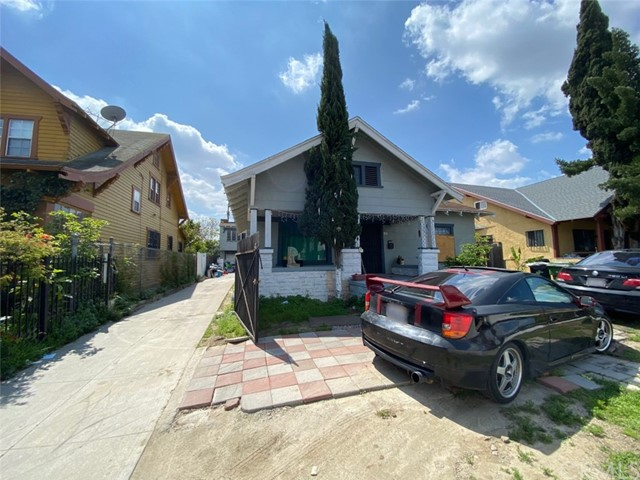 600 W 41st Place, Los Angeles, CA 90037