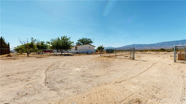 37555 Houston St, Lucerne Valley, CA 92356 Photo 29