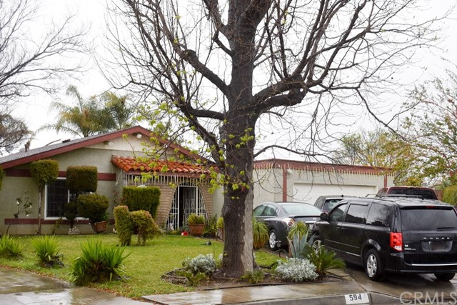 594 N Chestnut Avenue, Rialto, CA 92376