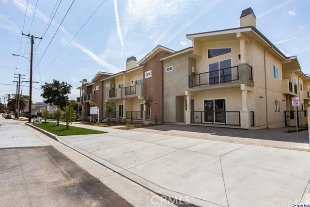 2454 Montrose Avenue 13, Montrose, CA 91020