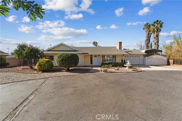 740 Perris Boulevard, Perris, CA 92571