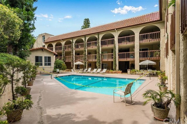5718 Ravenspur Drive 105, Rancho Palos Verdes, California 90275, 2 Bedrooms Bedrooms, ,2 BathroomsBathrooms,For Sale,Ravenspur,PV20105419