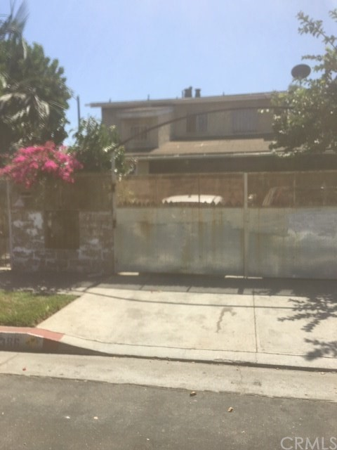 1386 E 49th Street, Los Angeles, CA 90011