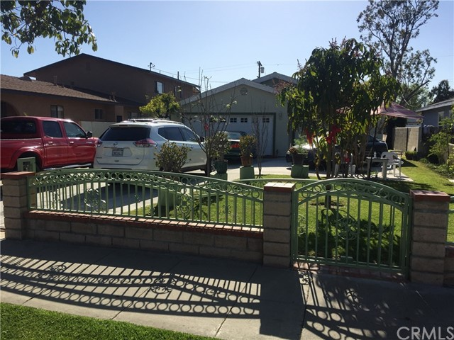 1226 Orange Avenue, Santa Ana, CA 92707