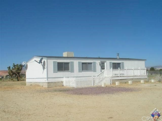 9221 58th Street W, Mojave, CA 93501