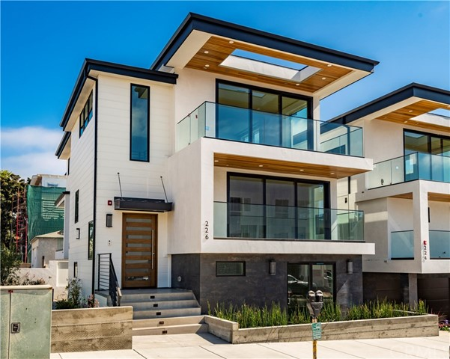 226 2nd Street 3, Hermosa Beach, California 90254, 5 Bedrooms Bedrooms, ,1 BathroomBathrooms,For Sale,2nd Street,SB19158214