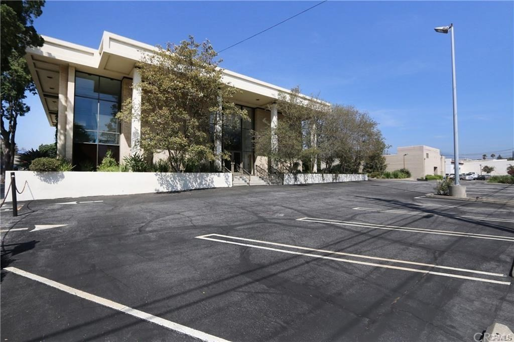Photo of 2424 Huntington Drive, San Marino, CA 91108