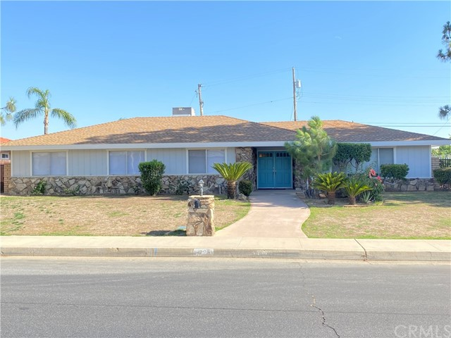 4225 Christmas Tree Lane, Bakersfield, CA 93306