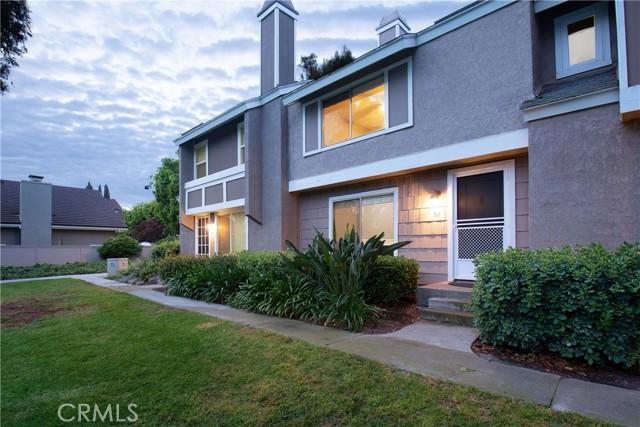 2. 52 Hollowglen Irvine, CA 92604