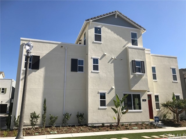 Photo of 526 S Motif Street, Anaheim, CA 92805