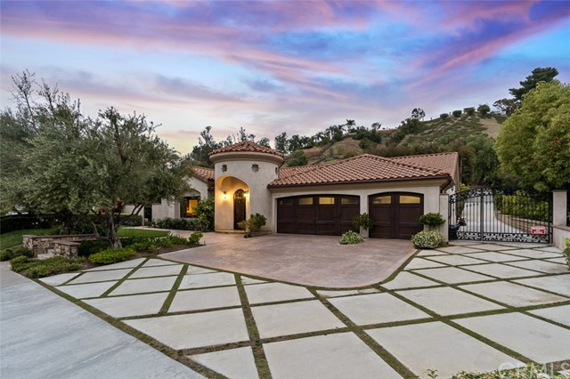 Photo of 27122 Lost Colt Drive, Laguna Hills, CA 92653