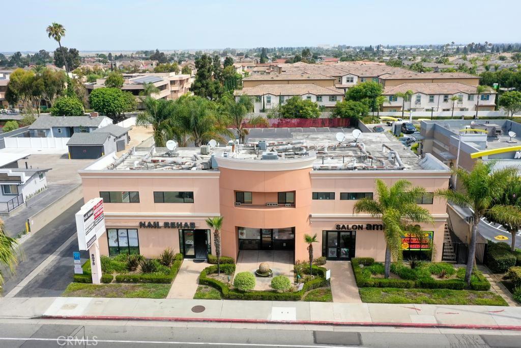 Photo of 5075 Warner Avenue, Huntington Beach, CA 92649