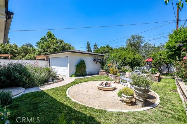 20. 2102 Poinsettia Street Santa Ana, CA 92706