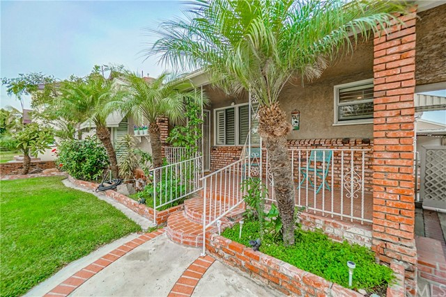 9816 Kauffman Avenue, South Gate, CA 90280