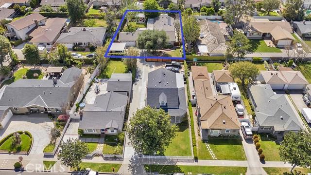 1046 E Palmyra Avenue, Orange, CA 92866