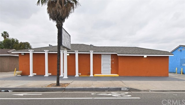 Location !!! Location!!!Location!!! General Commercial Zone . Building with 1524sqft .Frontage visibility , high traffic street. 2 full baths, title floor thru-out, fresh interior and exterior paint. Security camera installed,tankless water heather, extra storage area. 8 parking spaces including 1 handicap. Close to business center. You can use this for Doctor office, Dental office, Real Estate, massage ...