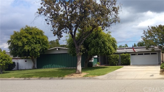 MLS#CV19104528MR $589,000 www californiarealestate news 1120 S