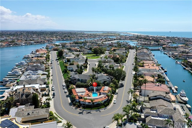 16491 Somerset Lane, Huntington Beach, CA 92649