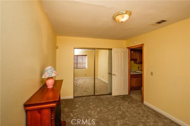 9063 Joshua Rd, Oak Hills, CA 92344 Photo 32