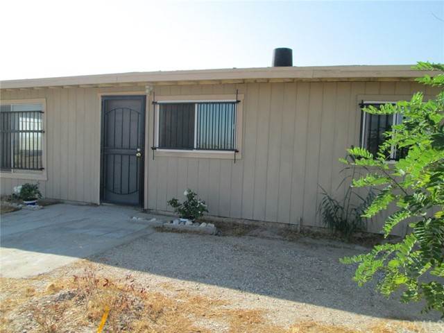 33459 Rabbit Springs Rd, Lucerne Valley, CA 92356 Photo 1